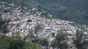Regierungschef rechnet mit mehr als 100.000 Erdbebentoten