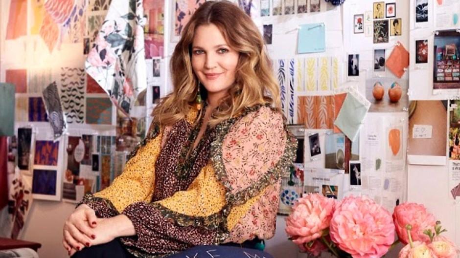 Schauspielerin Drew Barrymore ist auch datelos glücklich.