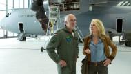 Kann eine Kommissarin die Luftwaffe aufhalten?