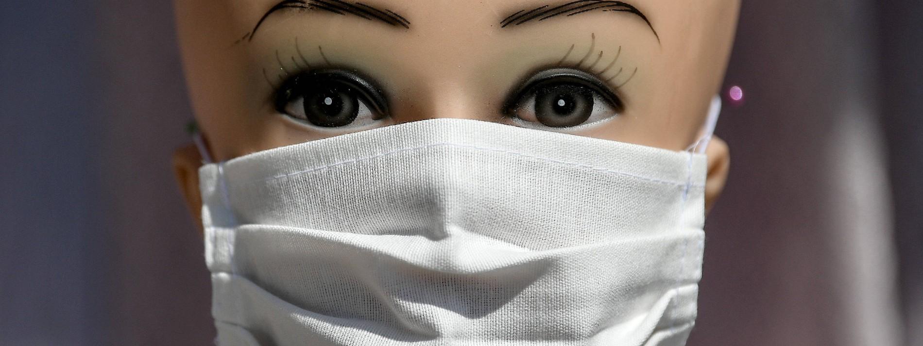 Verdächtige hinter Millionenbetrug mit Schutzmasken gefasst