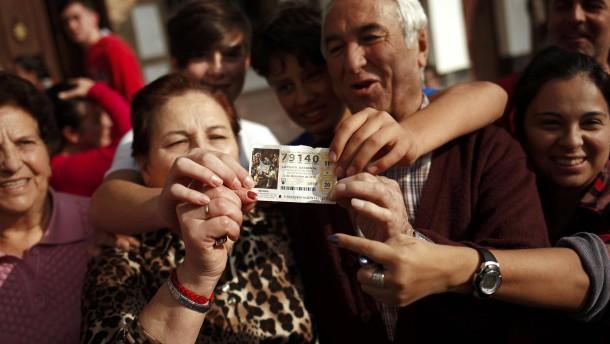 Vorzeitige Bescherung für hunderte Spanier