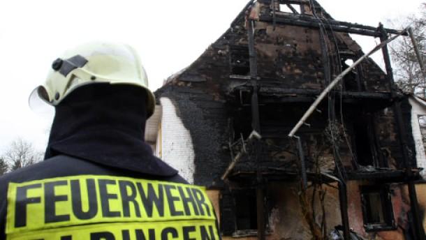 Tatverdächtiger nach Hausbrand festgenommen