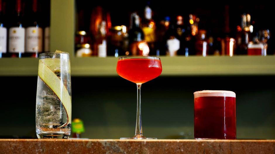 Alkoholfreies Cocktail-Trio im irischen Virgin Mary