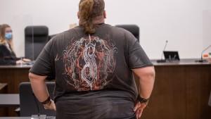 """Youtuber """"Drachenlord"""" gesteht Schläge vor Gericht"""