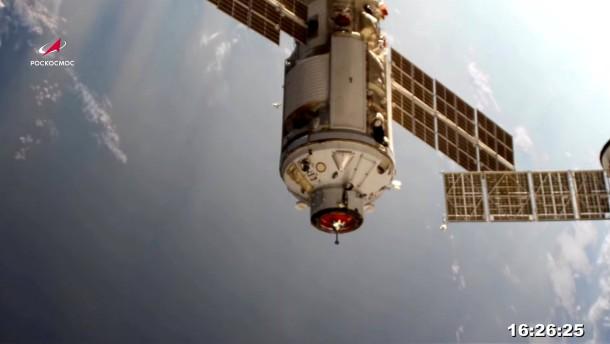 Kosmonauten betreten nach Andock-Panne neues ISS-Labor