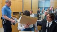 Sanel M. bei der Verhandlung im Landgericht Darmstadt im April 2015. Sein Antrag auf Revision wurde abgelehnt, das im Juni 2015 gefällte Urteil bleibt gültig.