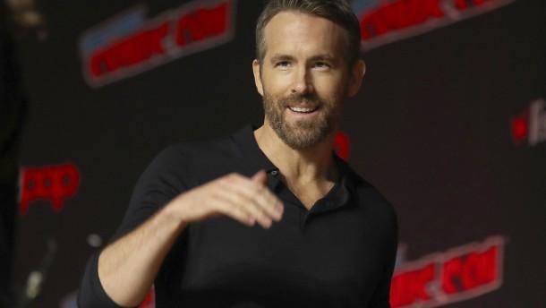Ryan Reynolds verkauft seine Ginmarke für mehr als 600 Millionen Dollar