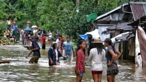 Mindestens 33 Tote bei Tropensturm auf den Philippinen