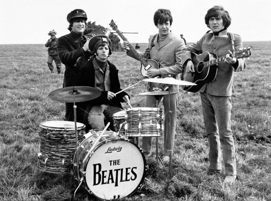 Texte und Melodien minderwertig? Die ersten Kritiken der F.A.Z. konnten den Beatles noch nicht viel abgewinnen.