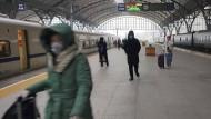 Die Millionenmetropole Wuhan ist bereits seit Mittwoch abgeriegelt.