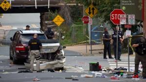 FBI übernimmt Ermittlungen zu Auto-Attacke von Charlottesville
