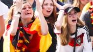 Nach dem WM-Aus: Während die Deutschen verzweifelt sind, reagiert die Welt mit Schadenfreude, denn dieses deutsche Wort kennen sie.