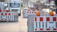 Straßensperren aus Beton, ähnlich dieser hier in Stuttgart, sollen auch während des Karnevals in Köln für Sicherheit sorgen.
