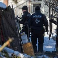 Nach einem Tipp durchsuchen Polizisten im Januar die Gartenlaube in Haar im Landkreis München.