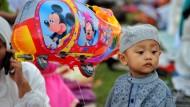 Weltweit feiern Muslime Eid al-Fitr