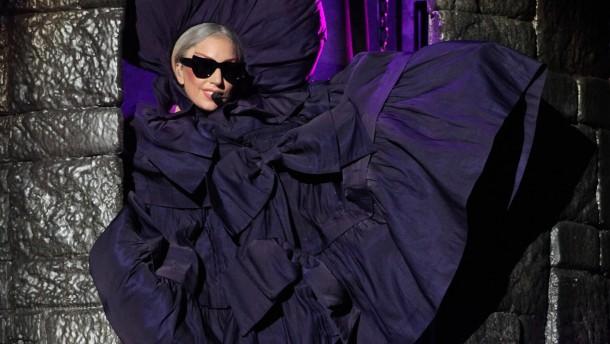 Lady Gaga spaltet auch Indonesien