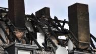 Umgestürztes Teelicht löste Brand in Duisburg aus
