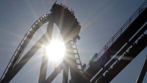 Aktien folgen Ölpreis auf Achterbahnfahrt