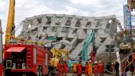 Drei Manager nach Erdbeben festgenommen
