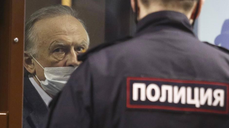 Wegen Mordes verurteilt: Oleg Sokolow vor Gericht in St. Petersburg