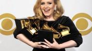 She could have had it all … ach nee, hat sie ja schon: Adele bei den Grammy Awards 2012.