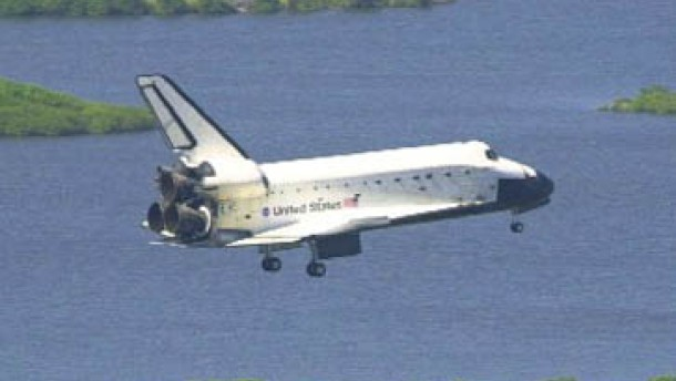 Raumfähre Atlantis zurück von der ISS
