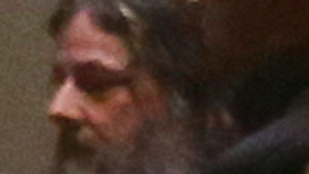 Dutroux bleibt in Haft