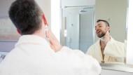 Schönheitsprodukte für Männer erobern sich ihren Platz im Bad zurück.