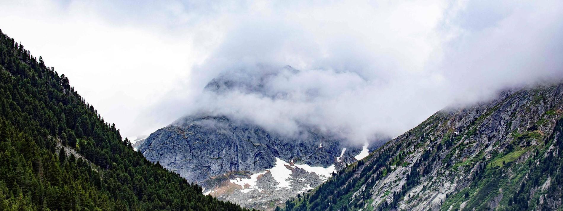 Bergsteiger sterben in den österreichischen Alpen