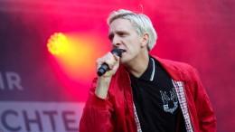 Kraftklub-Sänger zieht bei AfD-Regierung Wegzug in Betracht