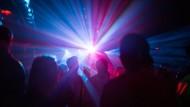 Mit Experimenten die Übertragung von Corona in Clubs erforschen