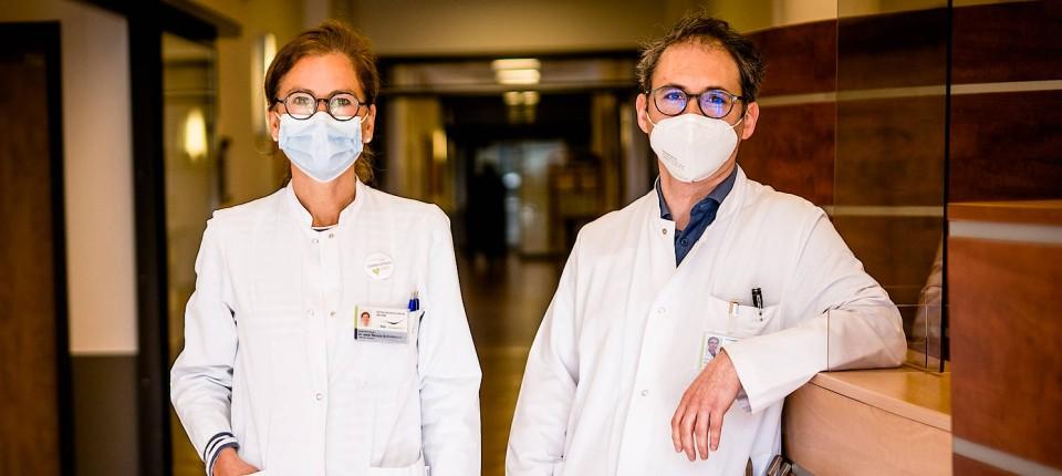 Die Ärzte Renate Schlottmann (links) und Ilya Ayzenberg Universitätsklinik St.-Josef-Hospital in Bochum