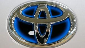 Japans Autobauer rufen Millionen Autos zurück