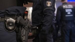 Berliner Polizist wegen Korruptionsverdachts verhaftet
