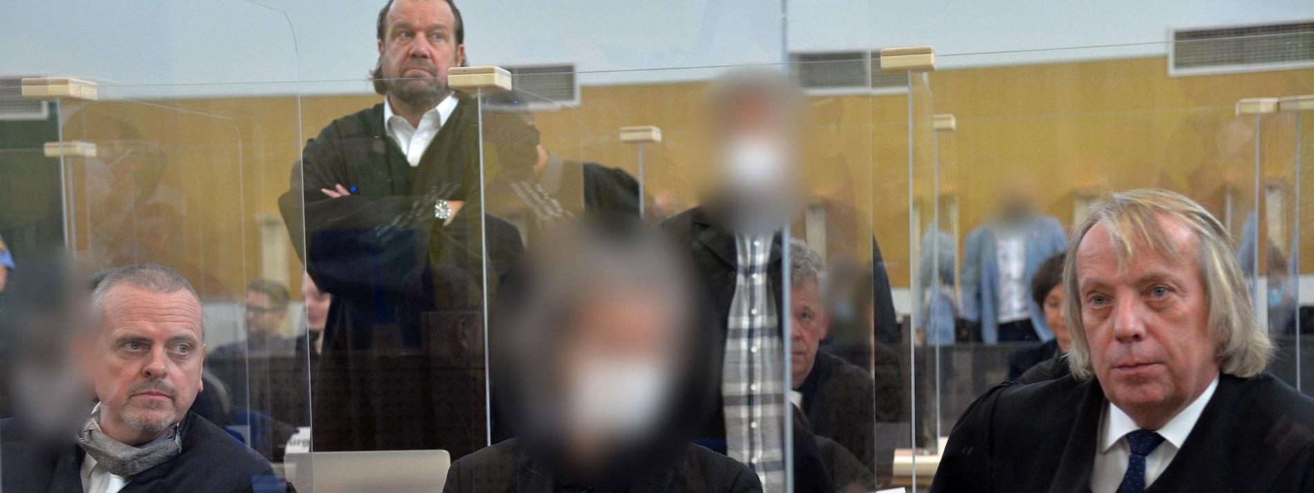 "Drogen, Daten und Falschgeld aus dem ""Cyberbunker"""