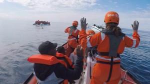 Seenotretter bei Einsatz bedroht