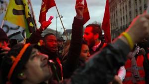 Streik in Frankreich behindert auch nach Weihnachten den Verkehr
