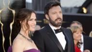 Jennifer Garner und Ben Affleck (hier bei den Oscars 2013) haben nach zehn Jahren Ehe offiziell die Scheidung eingereicht.