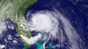 Hurrikan Arthur versetzt Ostküste in Ausnahmezustand