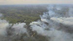 Waldbrände legen Ölproduktion in Kanada lahm