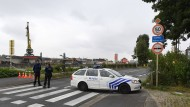 Bombenexplosion vor Polizeigebäude