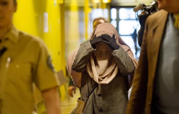 Die Zeugin am Donnerstag im Gericht. Im Berufungsverfahren wegen Beleidigung hat sie den Gesichtsschleier abgenommen.
