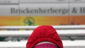 Wintereinbruch führt zu Massenkarambolagen