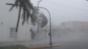"""Hurrikan """"Dean"""" schwächt sich über Yucatán ab"""