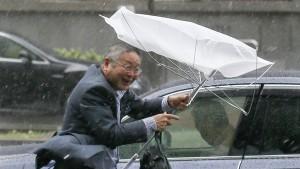 """Taifun """"Phanfone"""" überzieht Raum Tokio"""