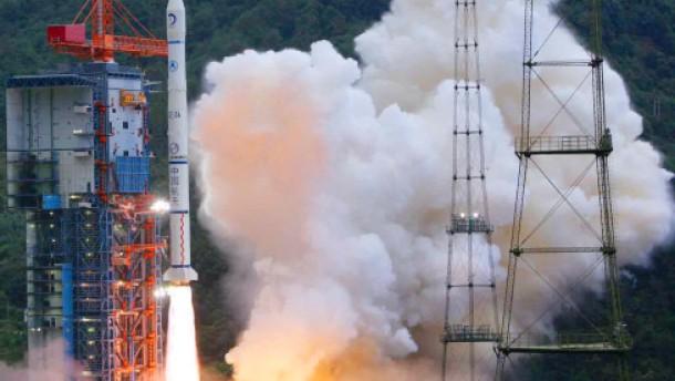 Chinas erste Raumsonde gestartet