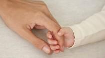 In anderen Kulturen wird die Mutter in den ersten Wochen nach der Geburt viel mehr geschont als hierzulande.