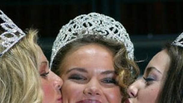 Neue Miss Deutschland will Saddam besänftigen