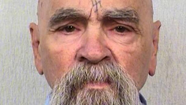 Massenmörder Manson ins Krankenhaus eingeliefert
