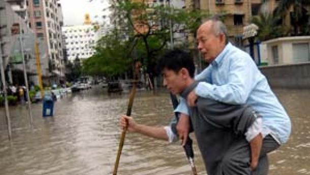 Sechzehn Tote durch Taifun Chanchu in China